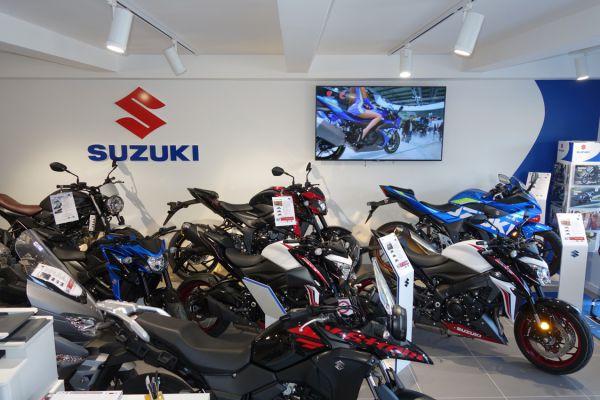 magasin-suzuki-0403557B6B-9B7E-4177-F5E4-185DBB6B51F5.jpg